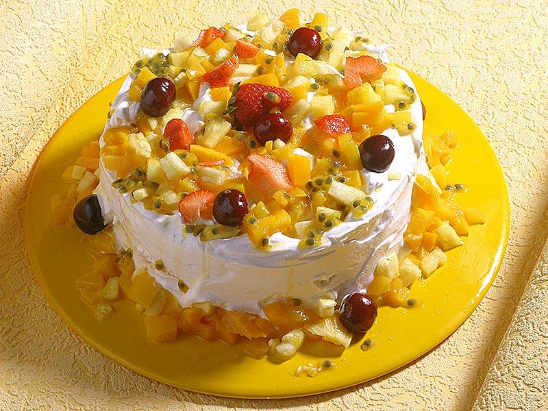 Bolo gelado de frutas